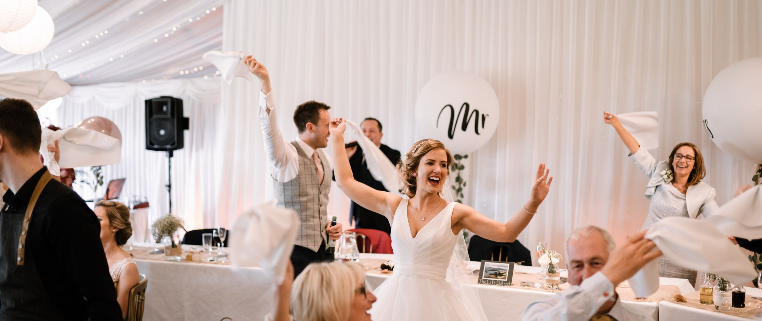 Raise your napkin (and swing it around) for Ali and Ian